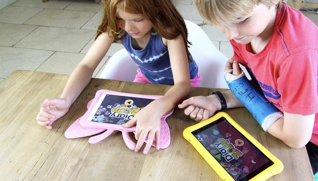 Screen time doesn't have to mean scream time | DiaryZapp | www.diaryzapp.com